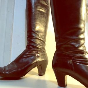 Vintage Ferragamo Knee-Boots - 9